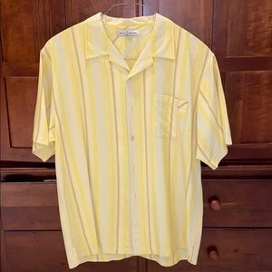 Tommy Bahama button down t shirt